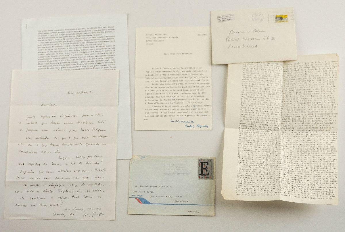 Manuscritos de diversos escritores e artistas portugueses
