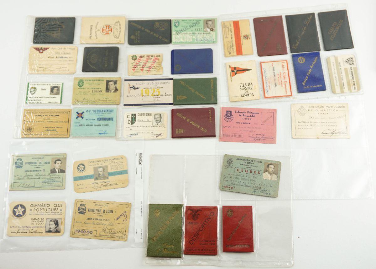 Colecção de cartões de identificação de clubes / associações desportivas de Portugal e colónias