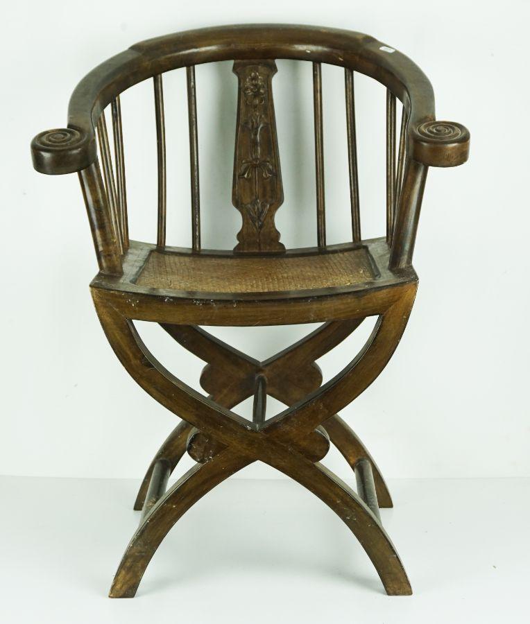 Cadeira de braços Oriental