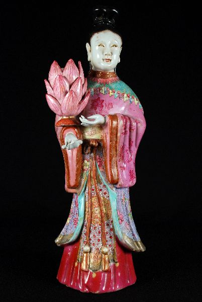 Figura Oriental em Porcelana da China