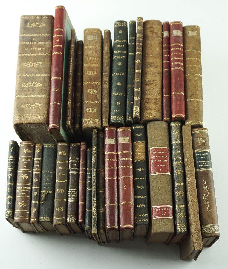 Colecção de livros militares séc. XIX