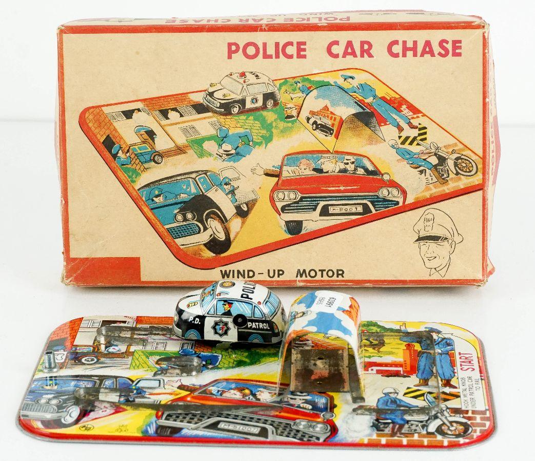 Pista Police Car Chase