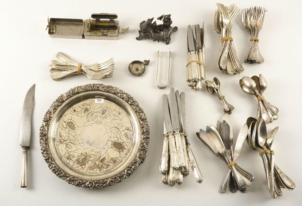Diversas peças em metal