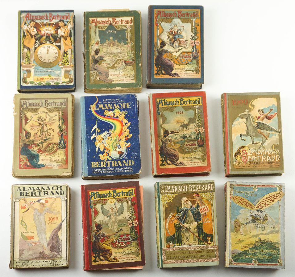 Colecção de 27 Almanaques Bertrand e Porto
