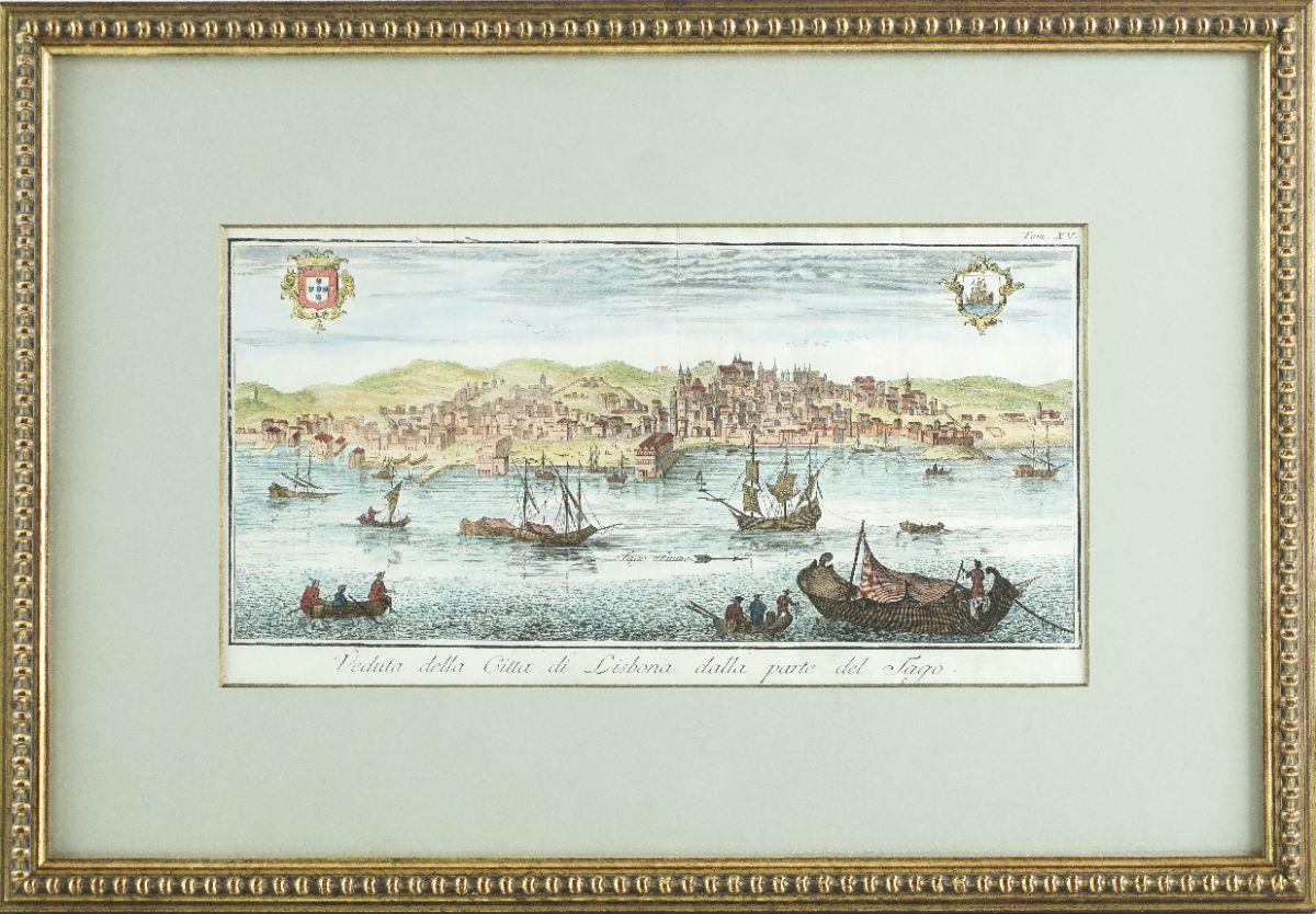 Lisboa vista do Tejo com barcos de época