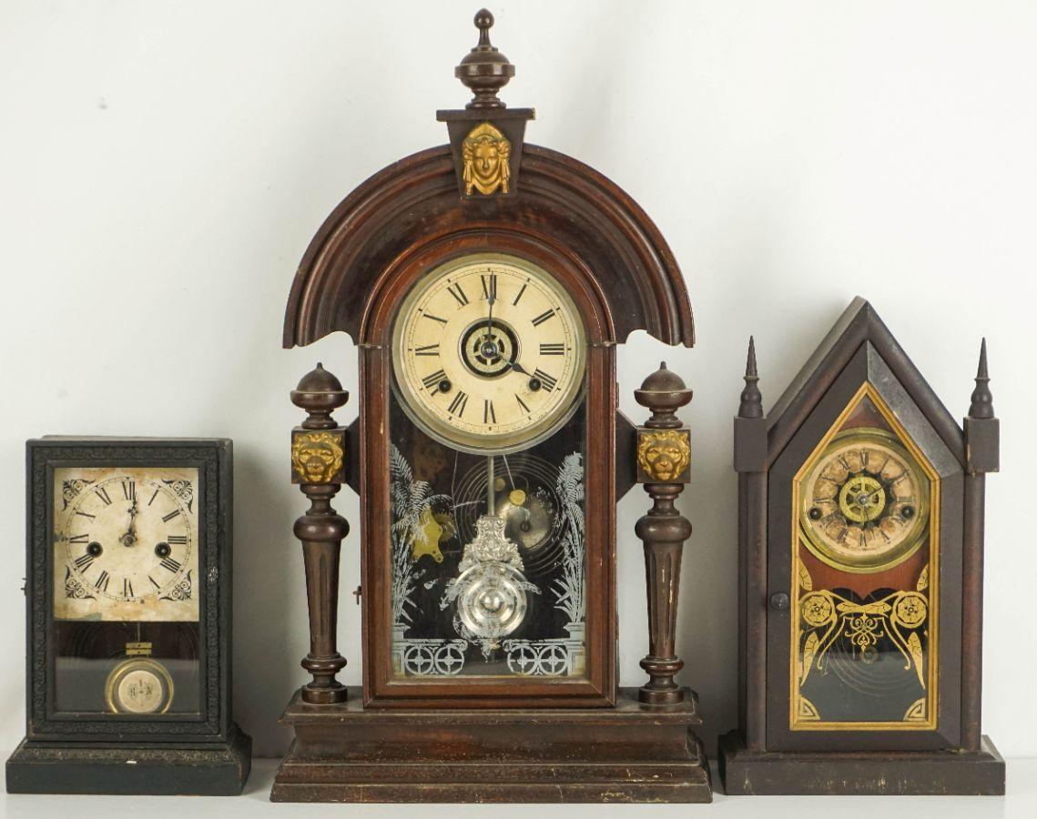 3 Relógios de mesa de carrilhão