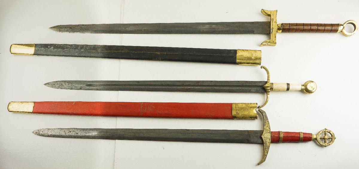 3 Espadas