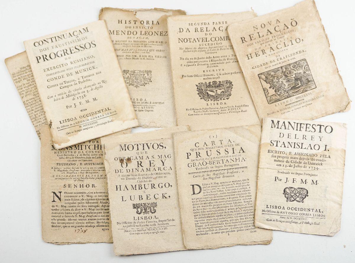 Conjunto de publicações do sec XVIII sobre batalhas