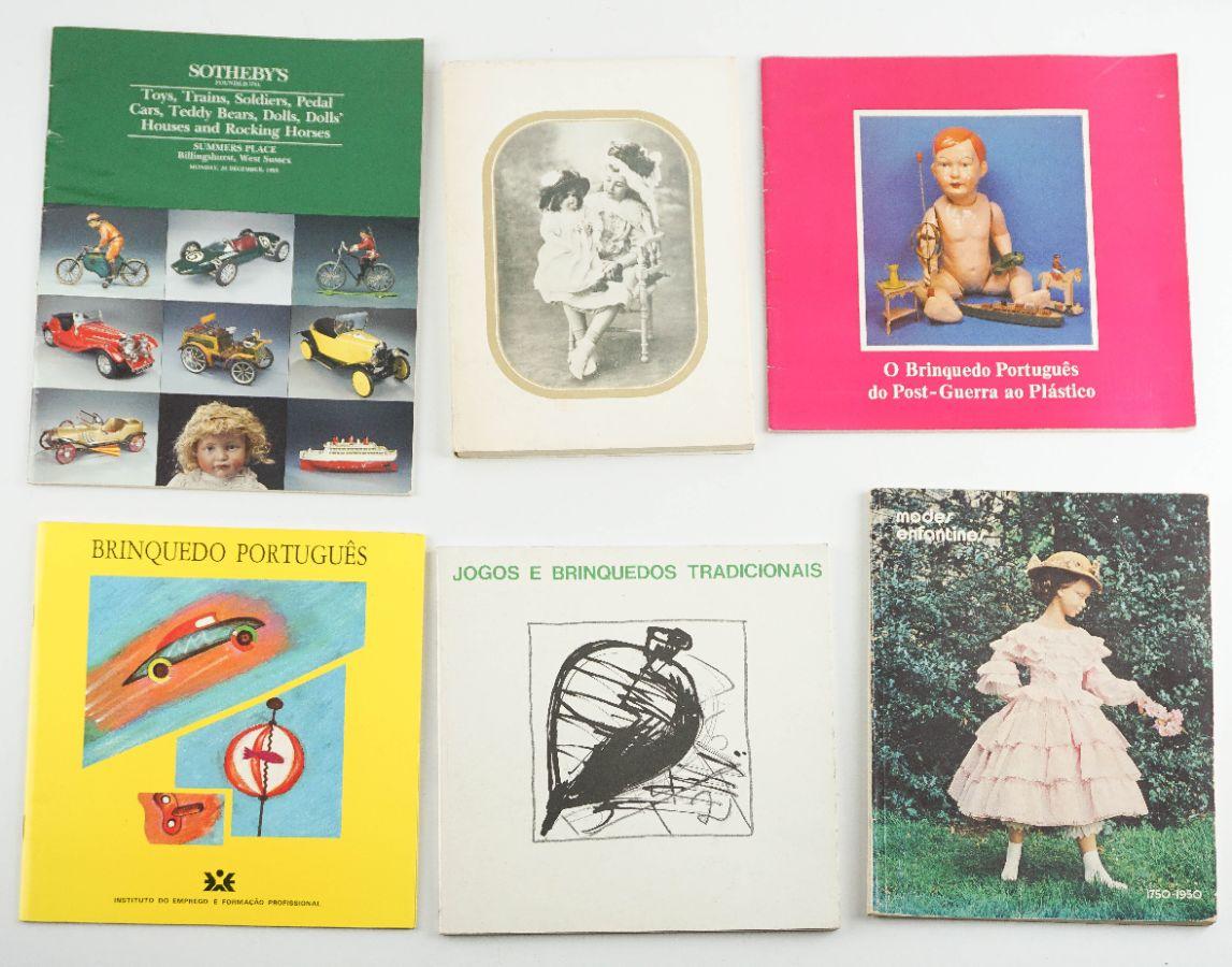 Livros sobre brinquedos