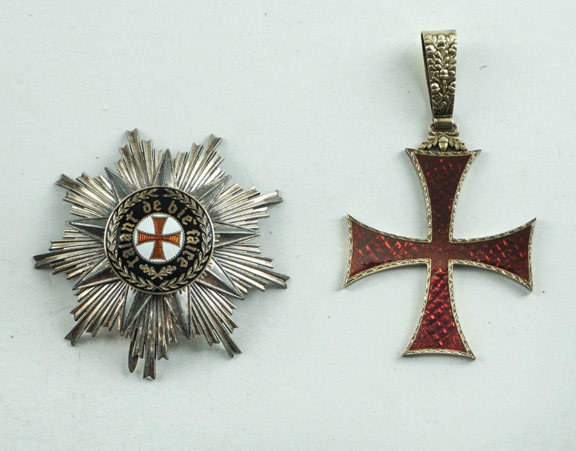 Condecoração - Ordem do Infante D. Henrique