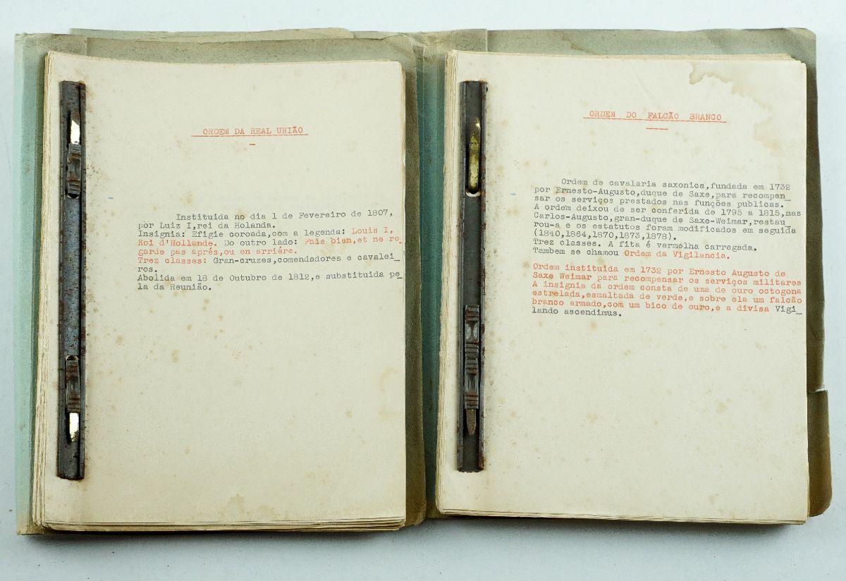 Heráldica - Manuscrito sobre ordens
