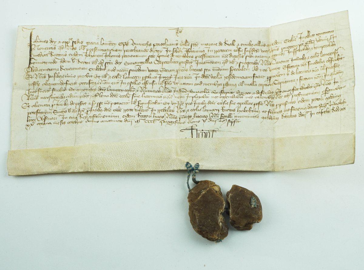 Raríssimo Manuscrito em pergaminho do sec XV (1449) – Bispo de Lamego