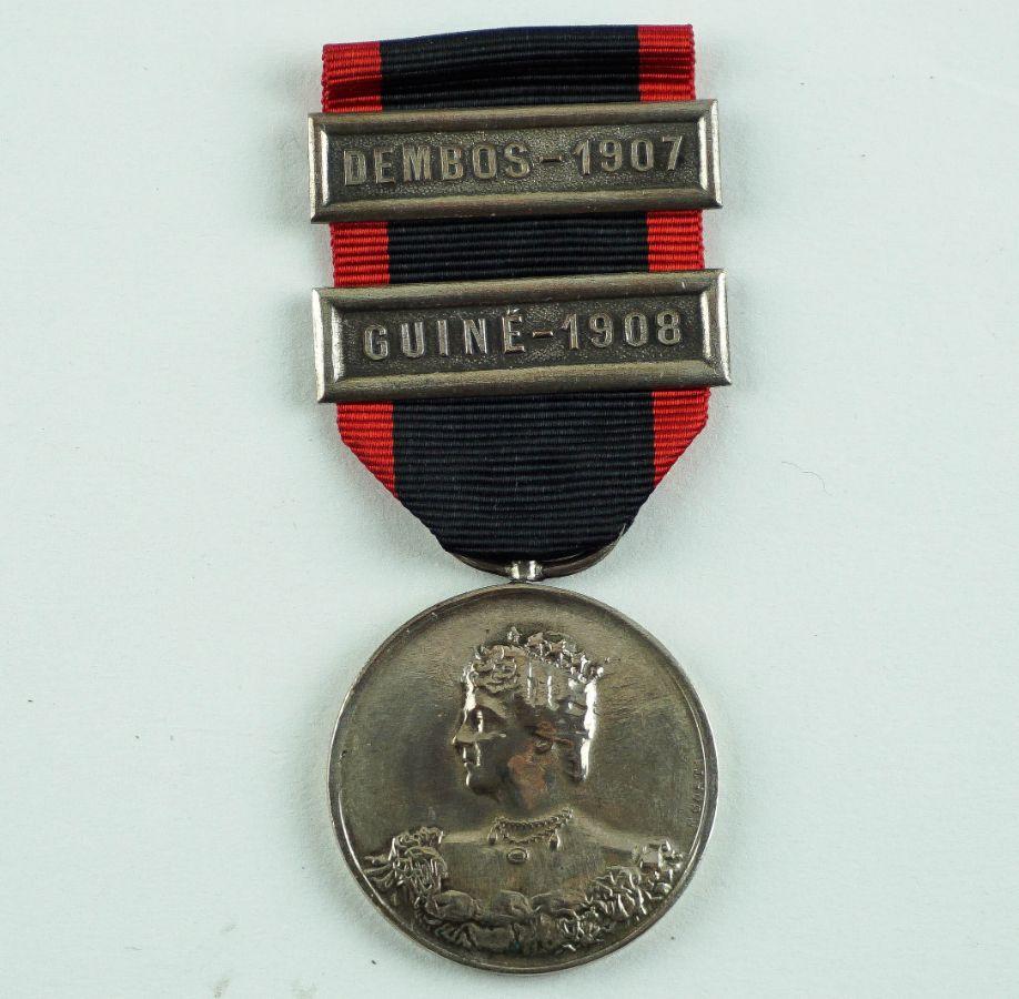 Medalha D. Amélia