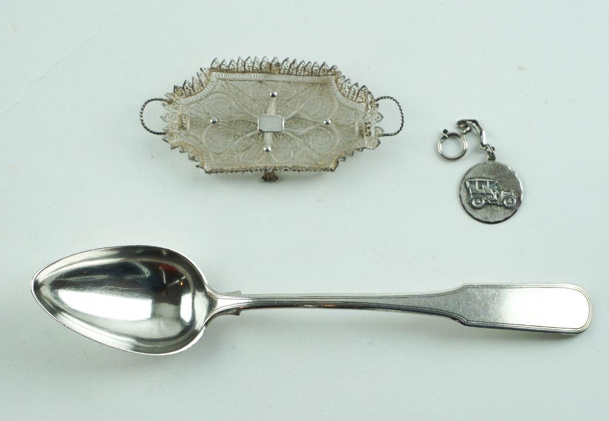 3 Peças diversas em prata