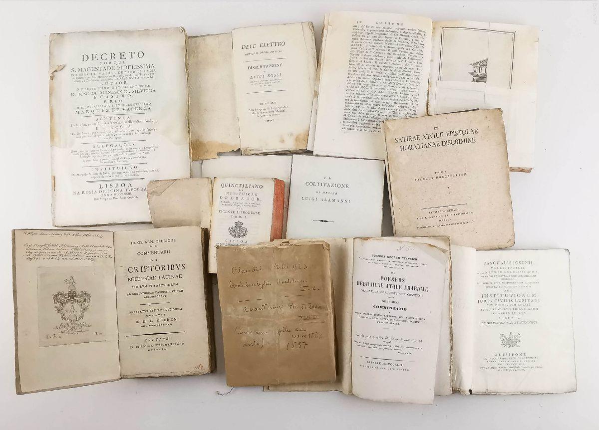 Conjunto de livros / publicações do séc. XVI e XVIII