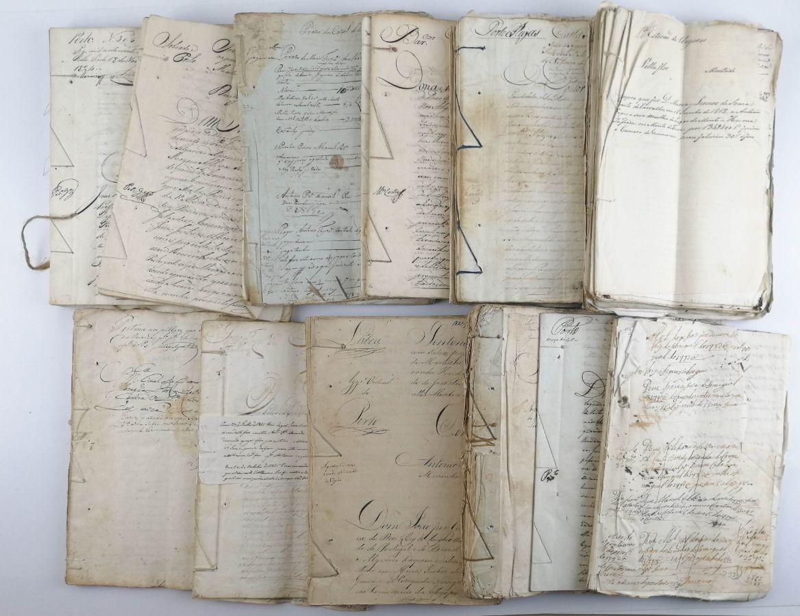 Conjunto de centenas de manuscritos /documentos do sec XVIII e XIX