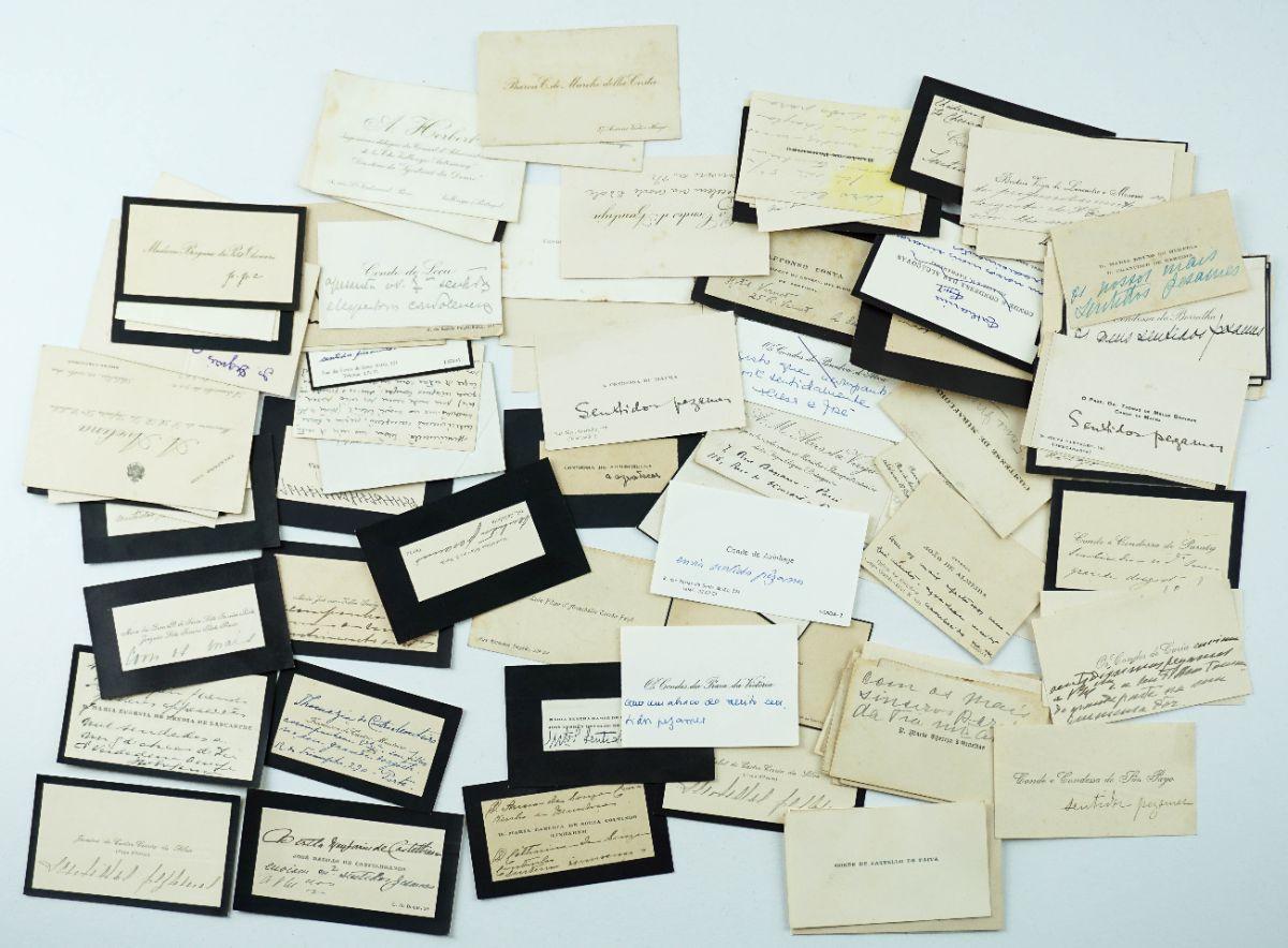 Colecção de 111 cartões visita heráldicos.- Séculos XIX e XX