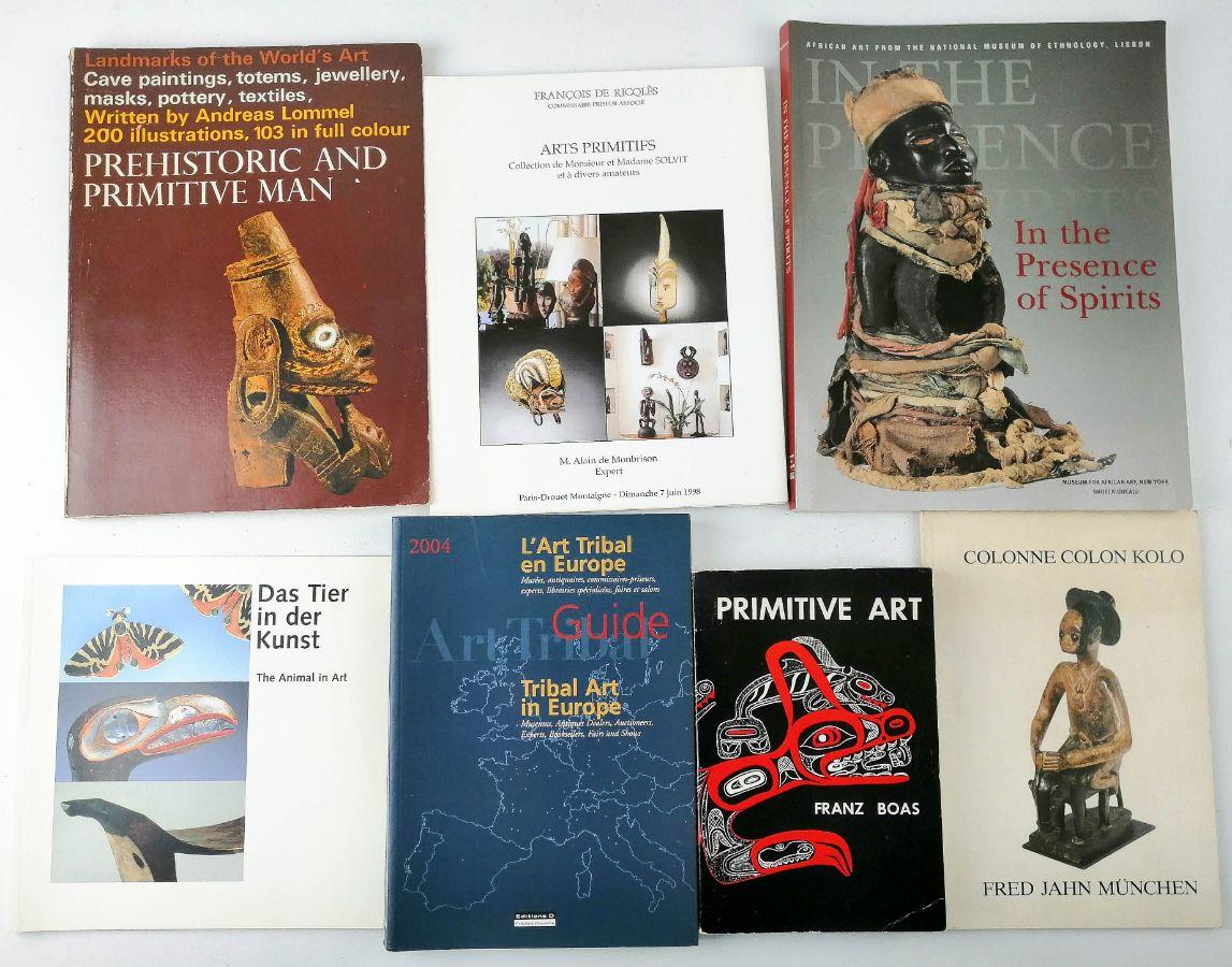 Livros sobre arte africana