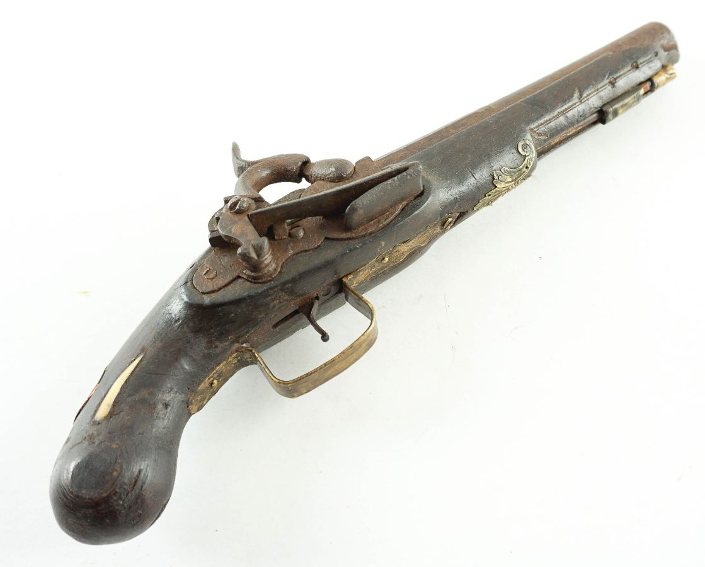 Pistola antiga de percussão