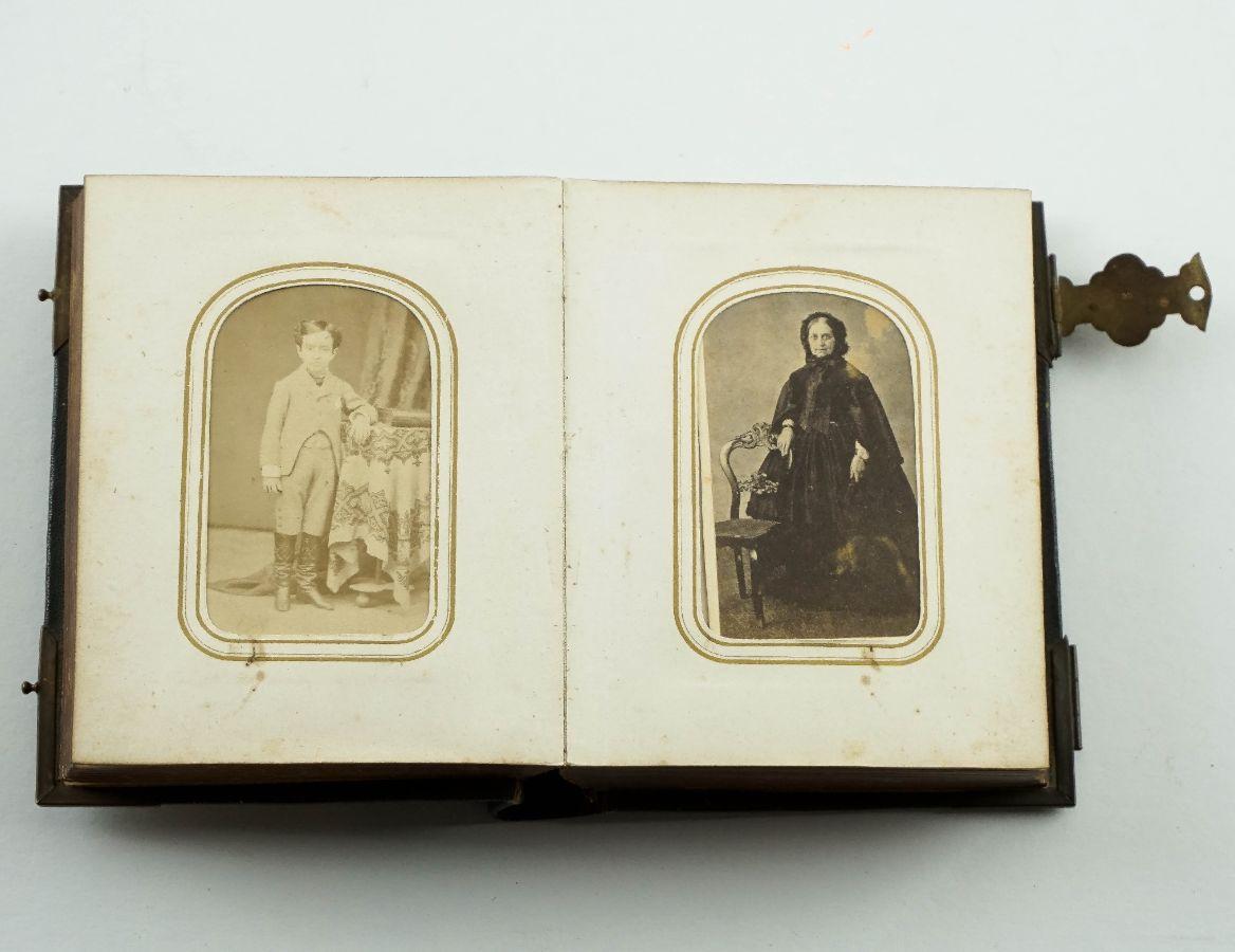 Álbum Fotográfico do Século XIX