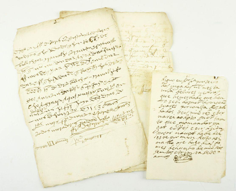 3 PAPÉIS ANTIGOS DOS SÉCULOS XVI E XVII.