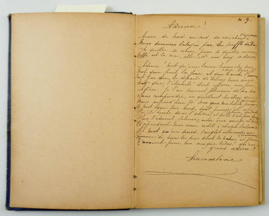 Caderno Manuscrito e Desenhos