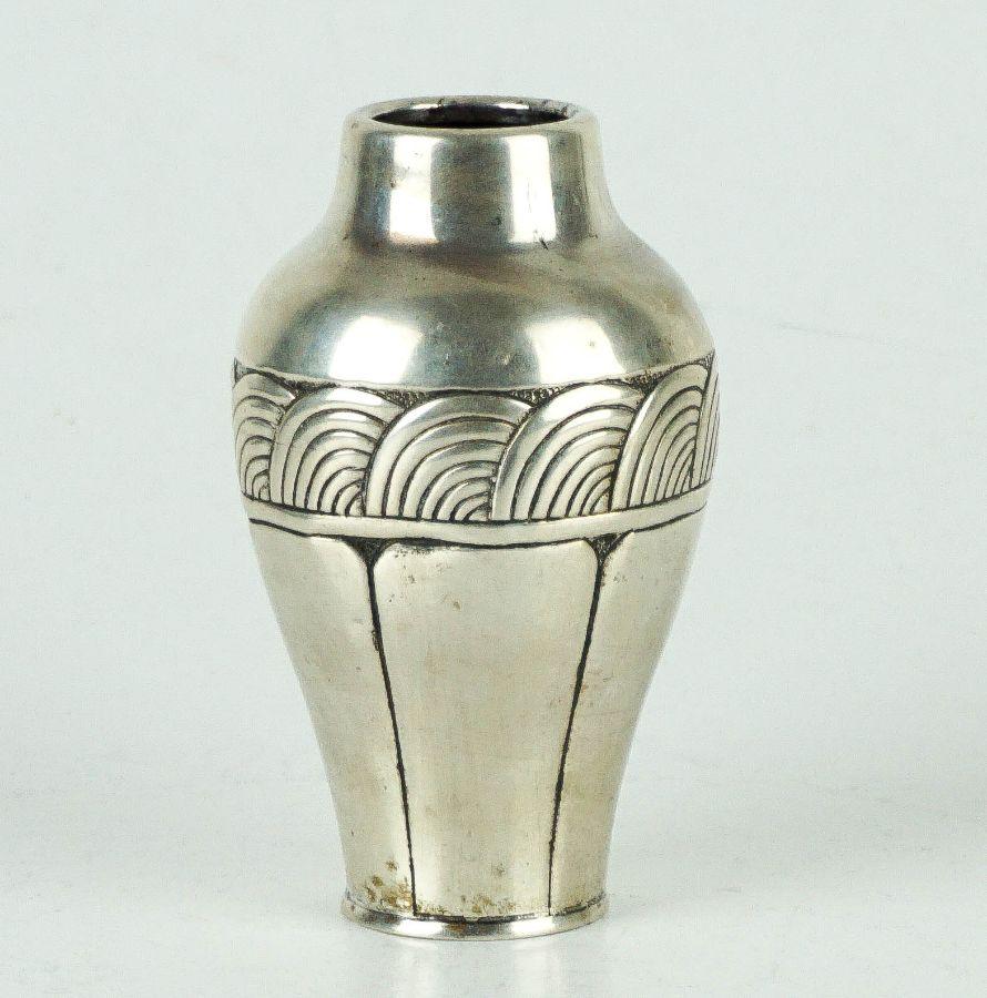 Pequena jarra Art Deco