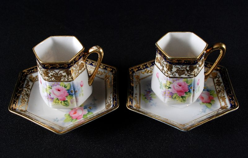 Par de Chávenas em Porcelana do Japão