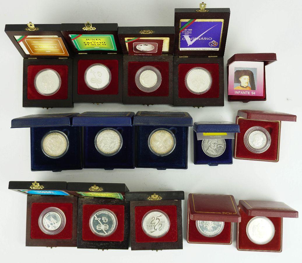 15 Moedas e Medalhas em Prata