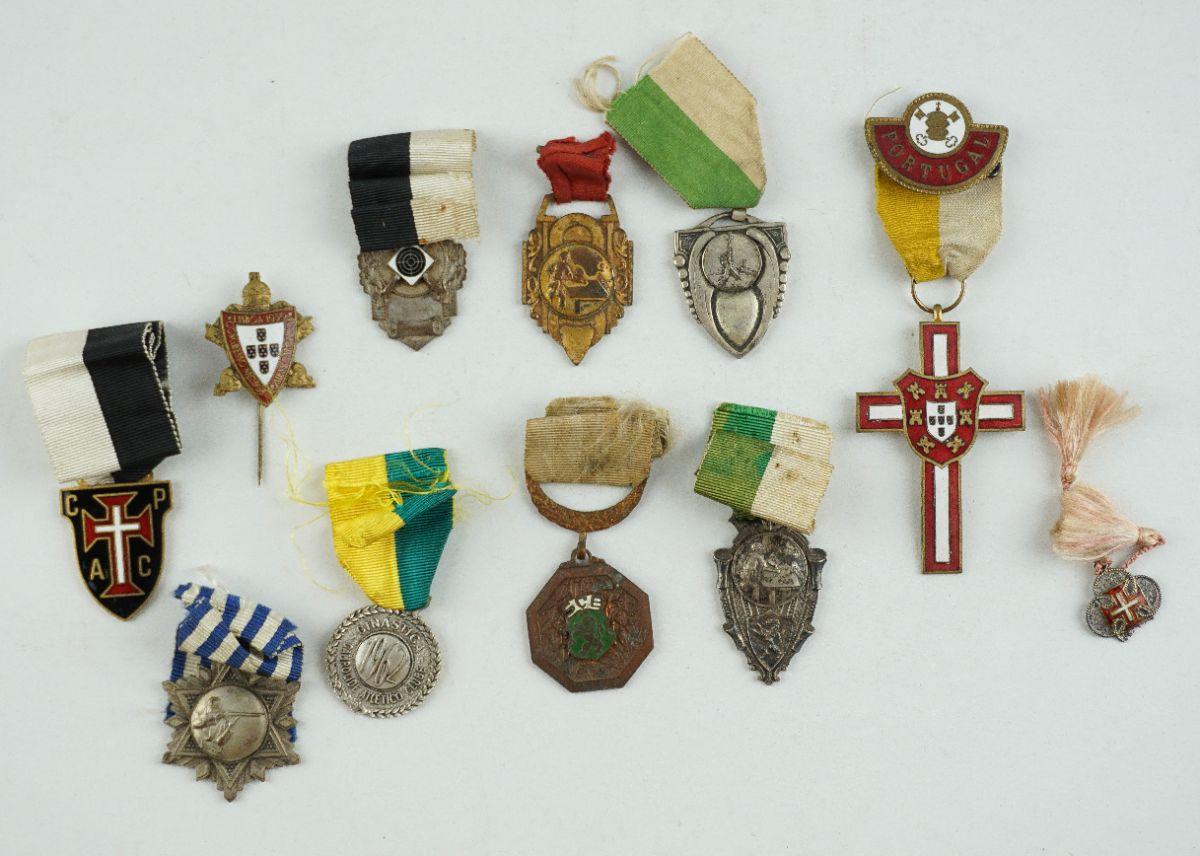 9 Medalhas diversas