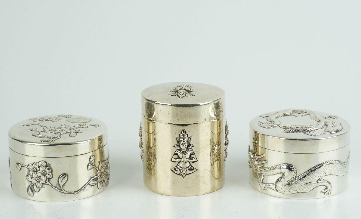 3 Caixas redondas