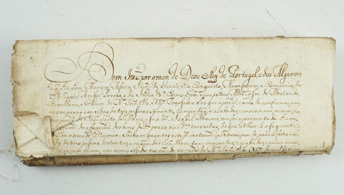 Manuscrito sobre papel, 10 fólios cosidos