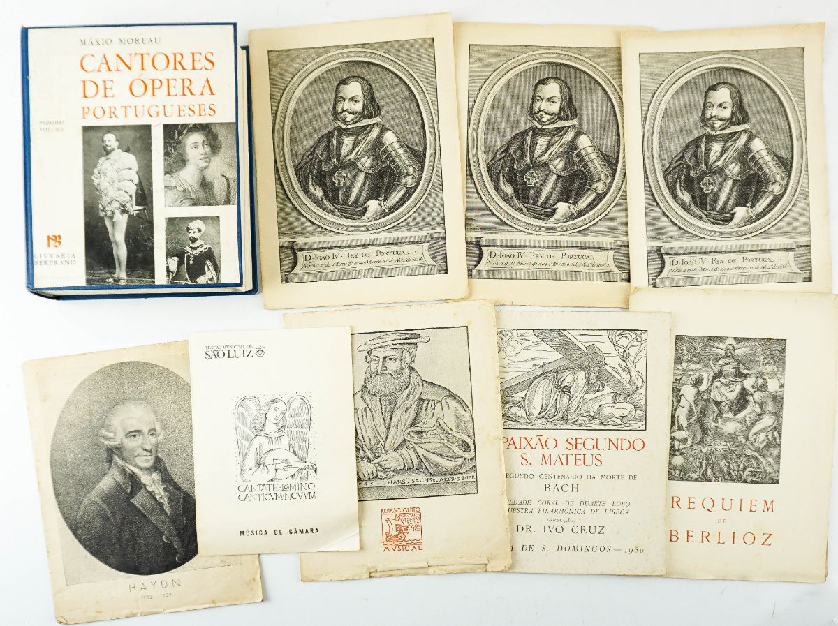 Livro e conjunto de 8 programas de musica clássica