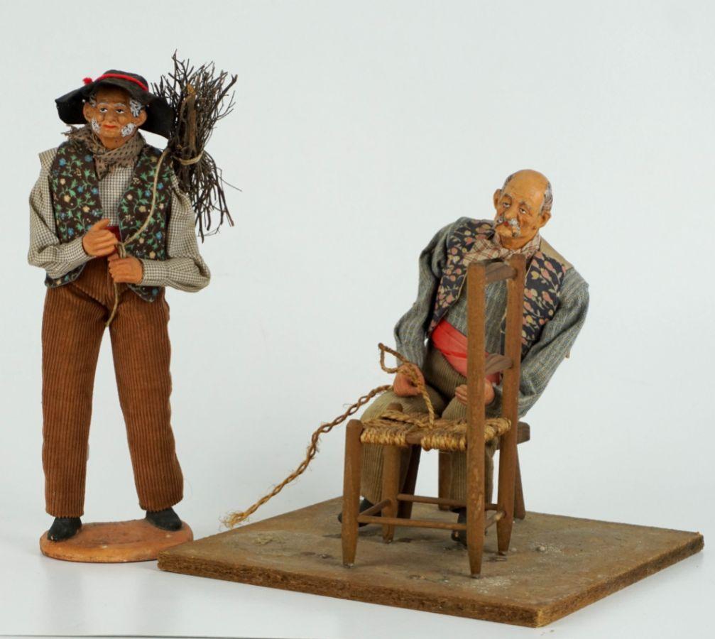 Conjunto de 2 figuras de profissões tradicionais