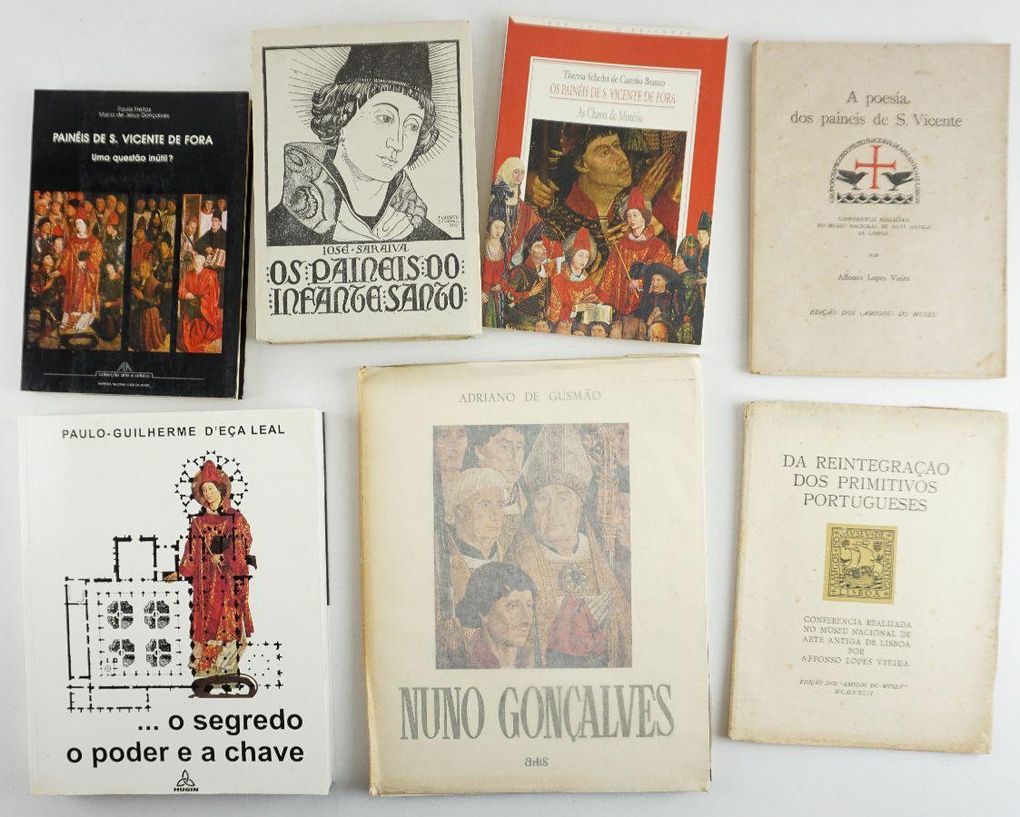 Conjunto de sete títulos sobre os páineis de S. Vicente