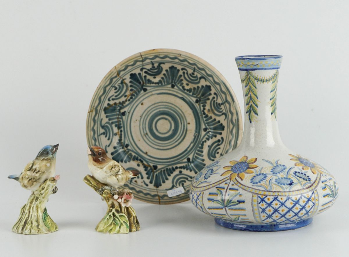 4 Peças em cerâmica