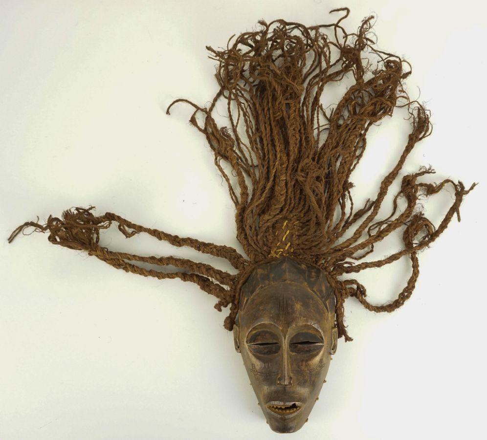Máscara (Mwana Pwó)
