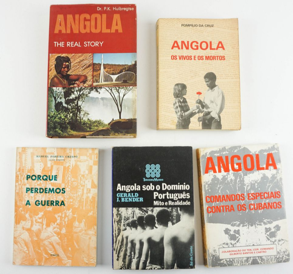 Angola , 5 Livros