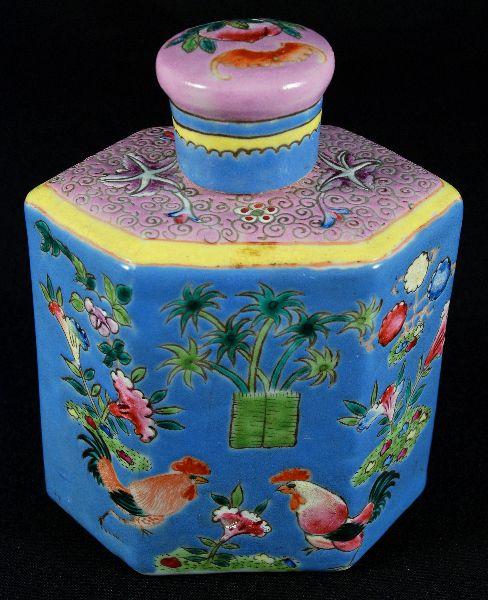 Frasco de Chá em Porcelana Oriental