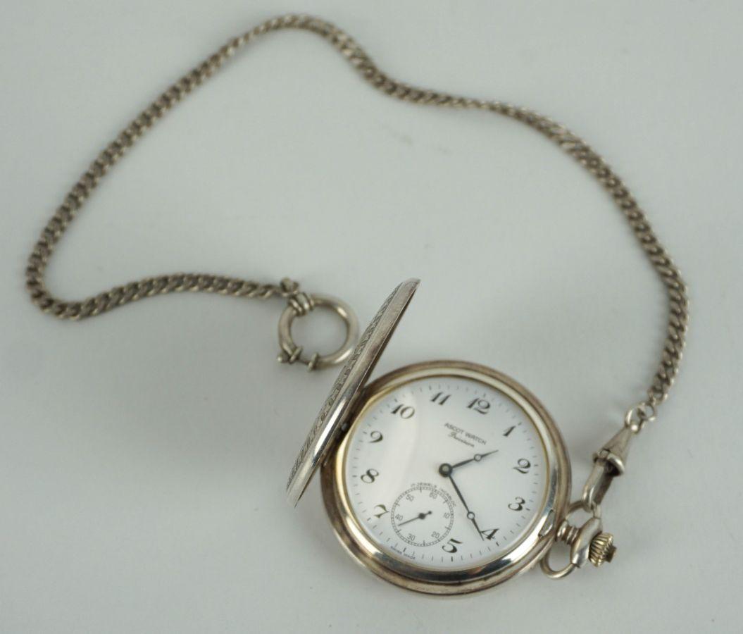 Relógio com corrente