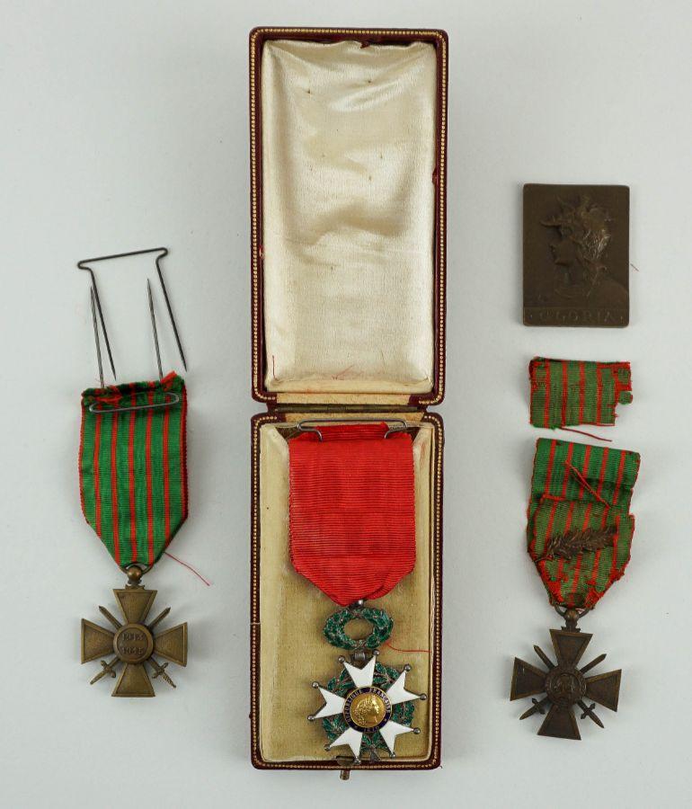 4 Condecorações/Medalhas Francesas