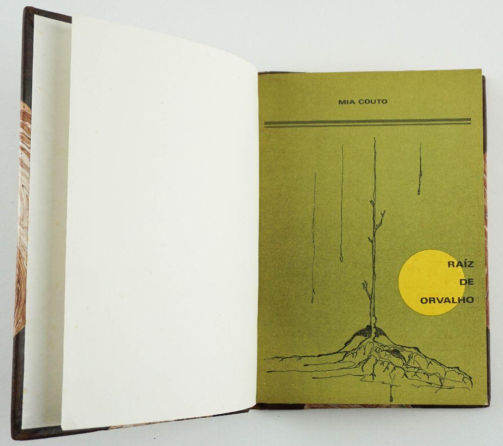 Primeiro livro de Mia Couto