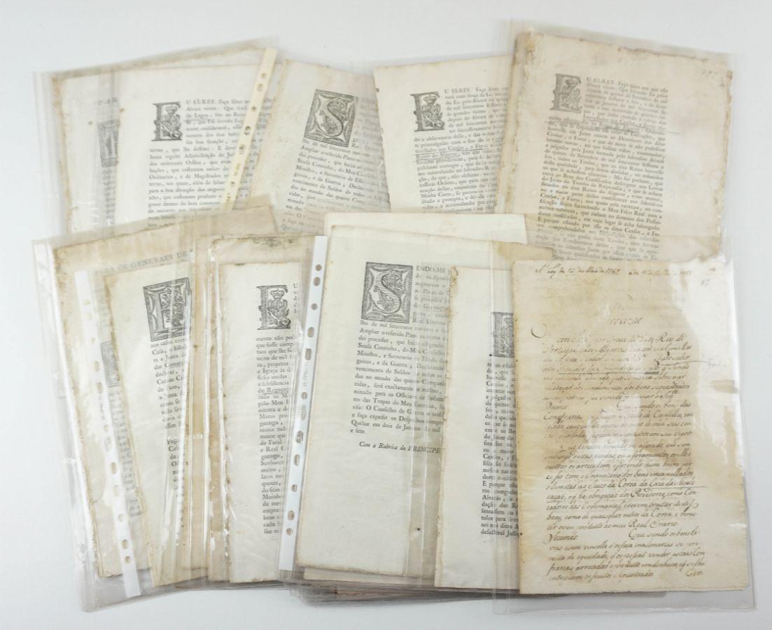 Colecção de Alvarás do Sec XVIII sobre o Algarve